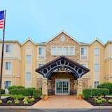 Staybridge Suites Cranbury, an IHG Hotel