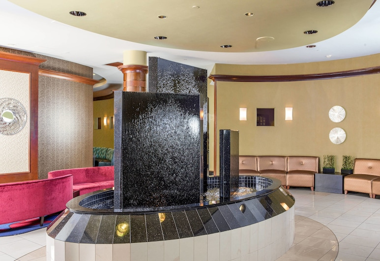 SpringHill Suites by Marriott Norfolk Virginia Beach, נורפולק, לובי