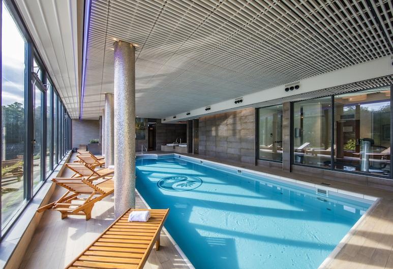 Hotel Mitland, Utrecht, Innilaug