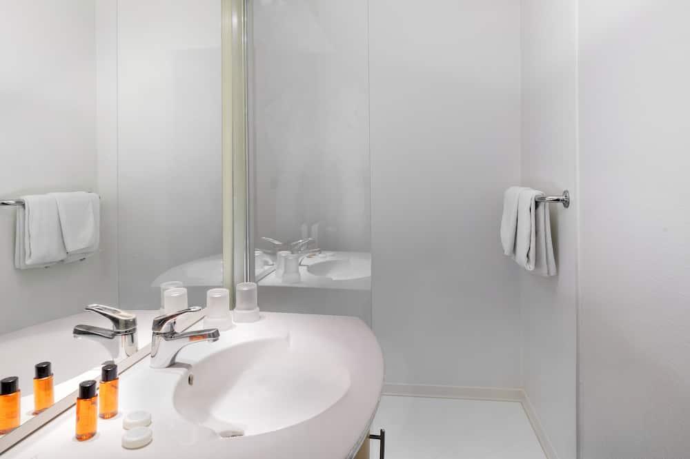 Habitación con 2 camas individuales, 2 camas individuales - Baño