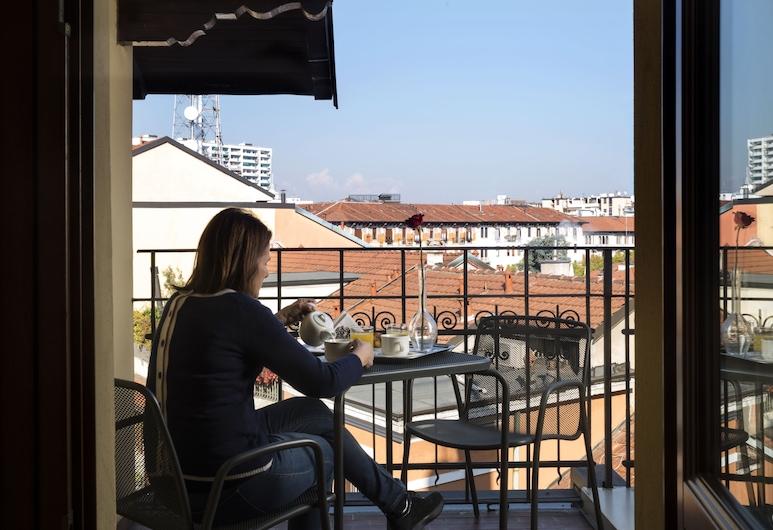 Lancaster Hotel, Milano, Camera tripla, Balcone