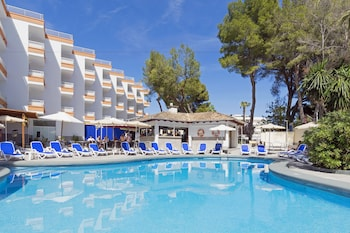 Choose This 3 Star Hotel In Alcudia