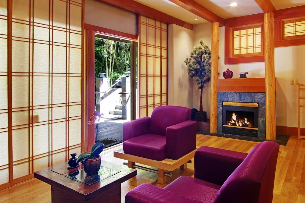 Standard Room, 1 Katil Ratu (Queen), Fireplace (Kyoto) - Bilik Rehat