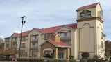 Select this Cheap hotel in Newnan