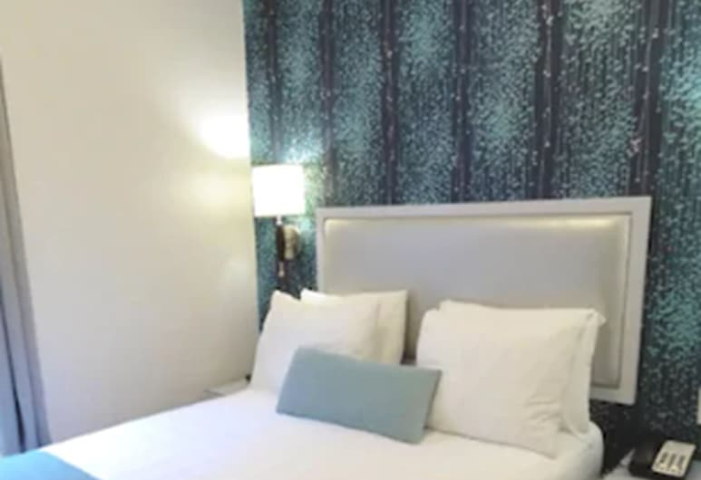 Belnord Hotel, New York, One Double Bed (Newly Renovated), Guest Room