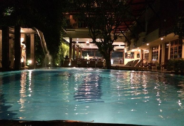 綠色花園酒店, 庫塔, 室外泳池