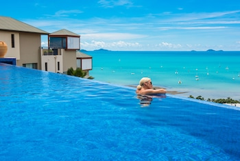 Picture of Pinnacles Resort in Airlie Beach
