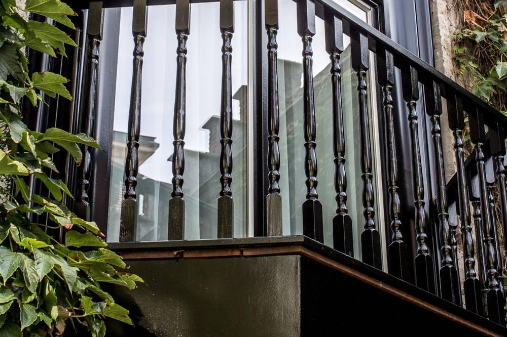 Номер-люкс для молодят - Балкон