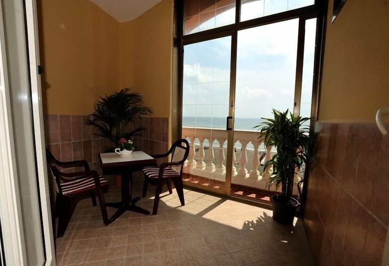 Miramare, Ladispoli, Superior Δίκλινο Δωμάτιο (Double), 1 Διπλό Κρεβάτι, Θέα στη Θάλασσα, Περιοχή καθιστικού