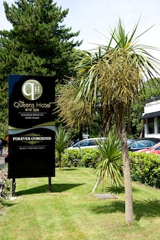 Picture of Queens Hotel and Spa in Bournemouth