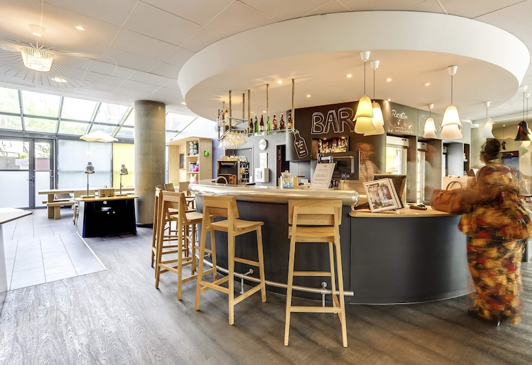 Novotel Suites Paris Nord 18ème, Pariis, Hotelli baar