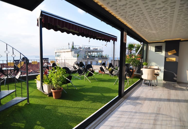 Angel's Home Hotel, Istanbul, Terrasse/veranda
