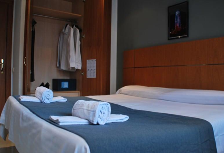 Suites Marina, Barcelona, Apartment, 2 Bedrooms (1 pax), Room