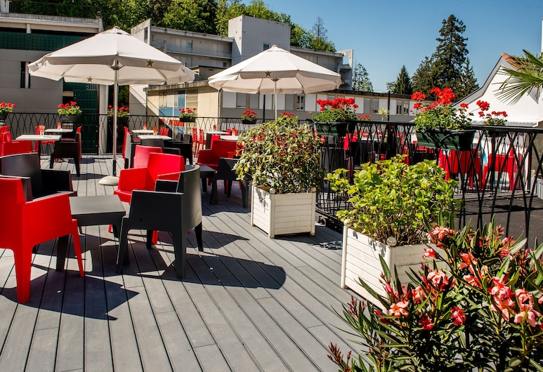Hotel Sainte-Rose, Lourdes, Terrace/Patio