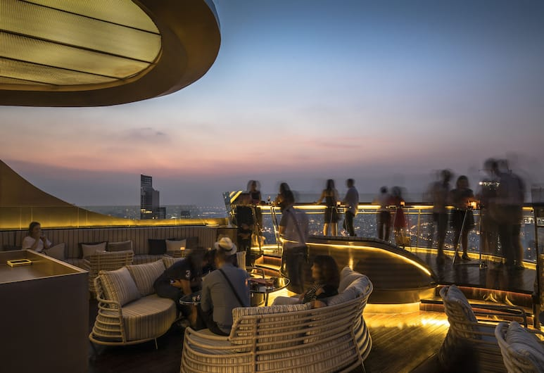 lebua at State Tower (The World's First Vertical Destination), Bangkok, Hotel Bar