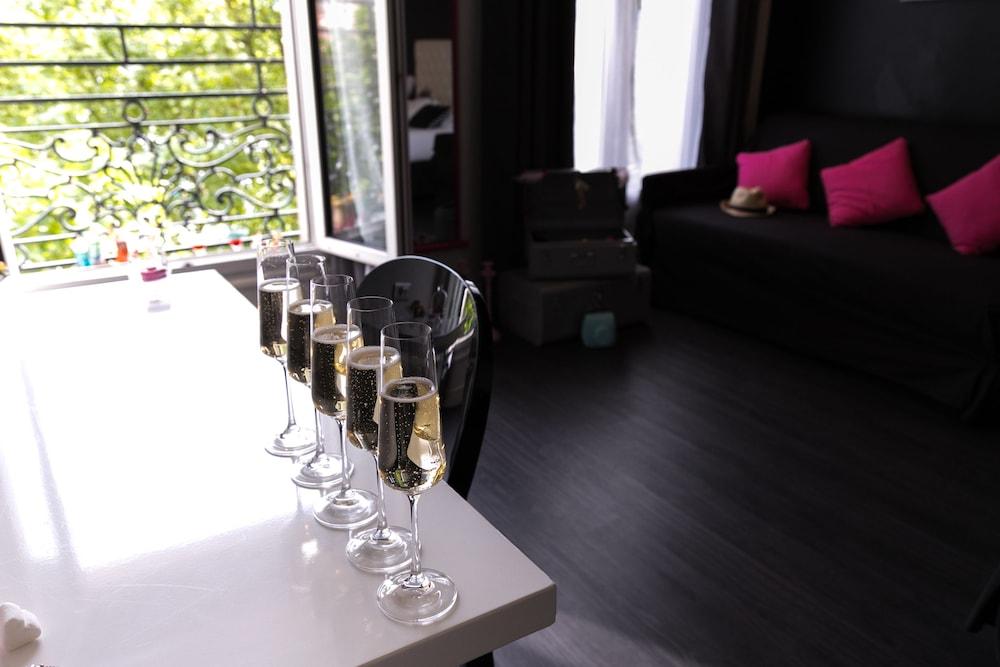 Ideal Hotel Design (Paris, France), Paris hotel discounts   Hotels.com