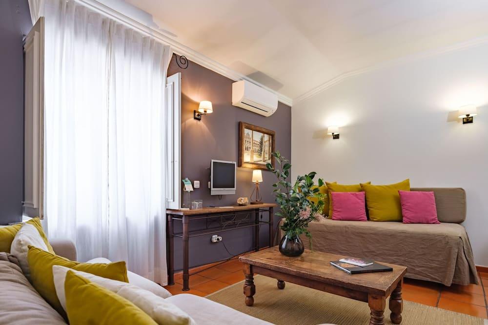 Prestige Double or Twin Room - Obývačka