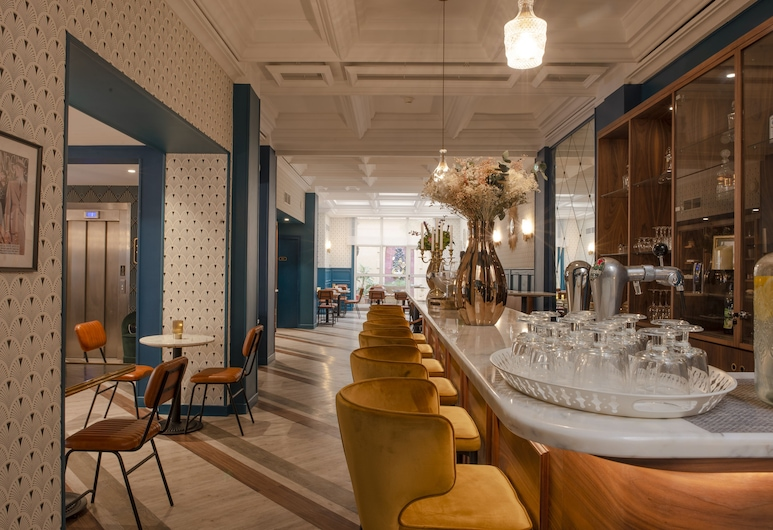 Bristol Hotel, Avignon, Hotelski bar