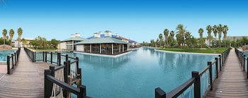 Picture of PortAventura Hotel Caribe - Theme Park Tickets Included in Salou