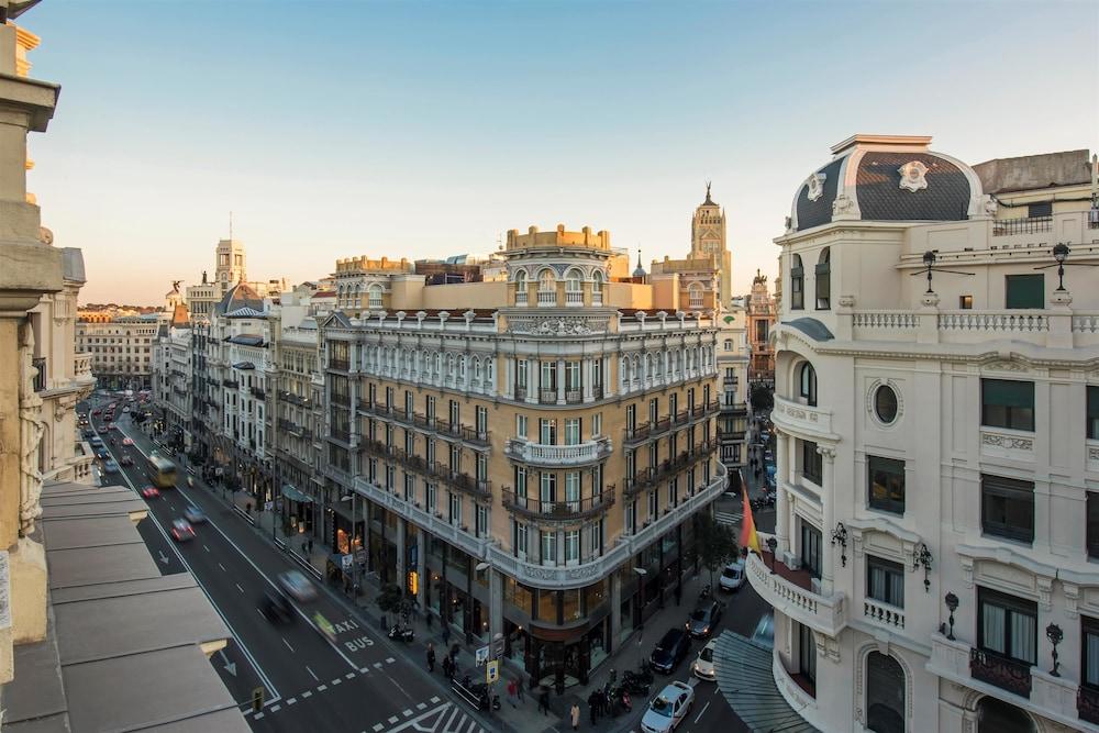 Iberostar Las Letras Gran Via, Madrid, Hotellinngang