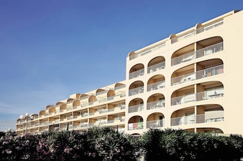 Choose This Cheap Hotel in Hyeres