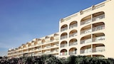 Choose This 2 Star Hotel In Hyeres
