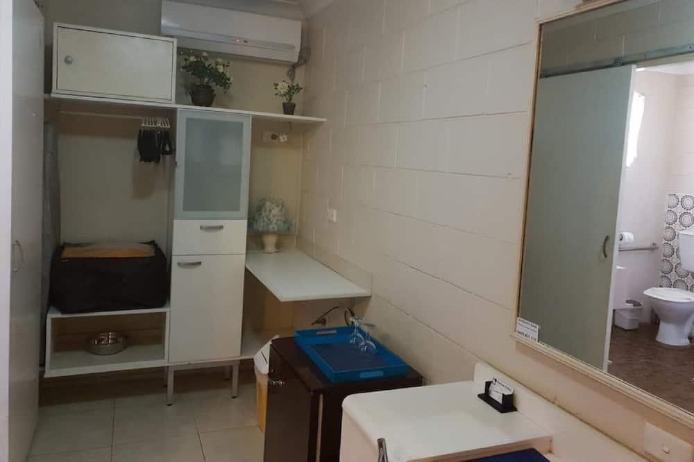 Superior Twin Room, Accessible - Not Pet Friendly - Área de Estar