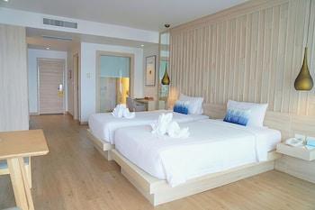 Picture of Aquamarine Resort & Villa in Kamala