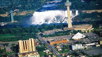 Picture of DoubleTree Fallsview Resort & Spa by Hilton Niagara Falls in Niagara Falls