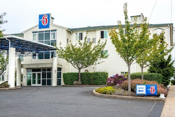 Picture of Motel 6 Lincoln City in Lincoln City