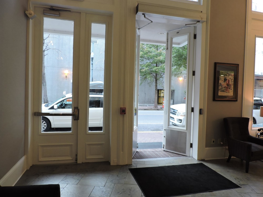 Best Western Plus St Christopher Hotel New Orleans Interior Entrance