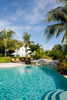 Enter your dates for our Providenciales last minute prices