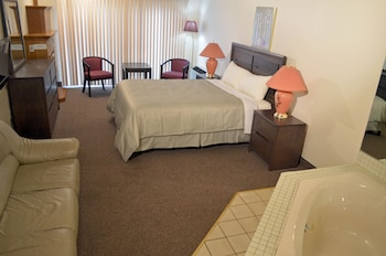 Picture of Americas Best Value Chalet Inn & Suites-Niagara Falls in Niagara Falls