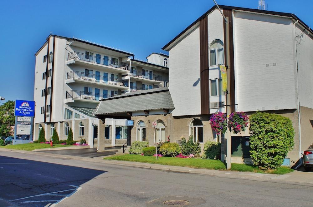 Americas Best Value Chalet Inn & Suites-Niagara Falls, Niagara Falls