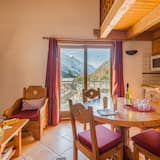 דירה (2 bedrooms Mezzanine or 3 bedrooms) - אזור אוכל בחדר