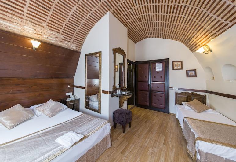 Naz Wooden House Inn - Byzantine House, Istanbul
