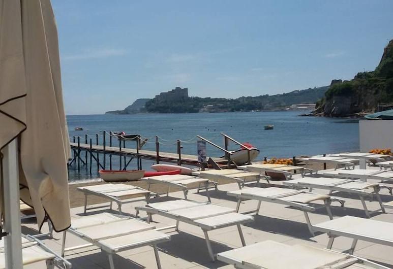빌라 루이자 호텔 레지던스 뷰티 팜, 포추올리, 해변