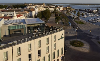 Enter your dates to get the Faro hotel deal