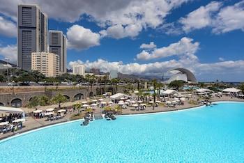 Foto van Hotel Adonis Plaza in Santa Cruz de Tenerife