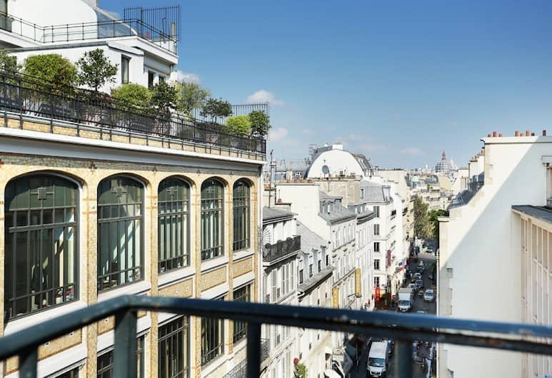 호텔 디'앵글테레 챔프 엘리시 , 파리, 호텔에서의 전망