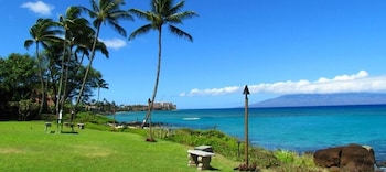 Picture of Polynesian Shores in Lahaina