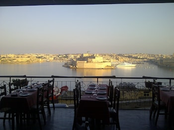 Slika: The British Hotel ‒ Valletta