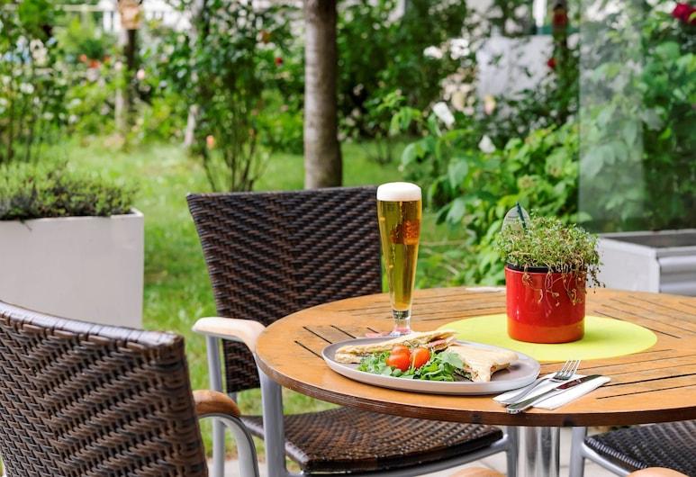 ibis Wien City, Vienna, Outdoor Dining