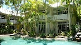 Choose this Apart-hotel in Port Douglas - Online Room Reservations