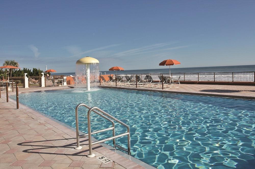 book la quinta inn suites oceanfront daytona beach. Black Bedroom Furniture Sets. Home Design Ideas