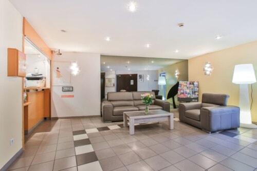 雷洛黑亞德酒店/