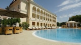 Choose This Five Star Hotel In Odessa