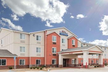 Picture of Baymont Inn & Suites Fulton in Fulton