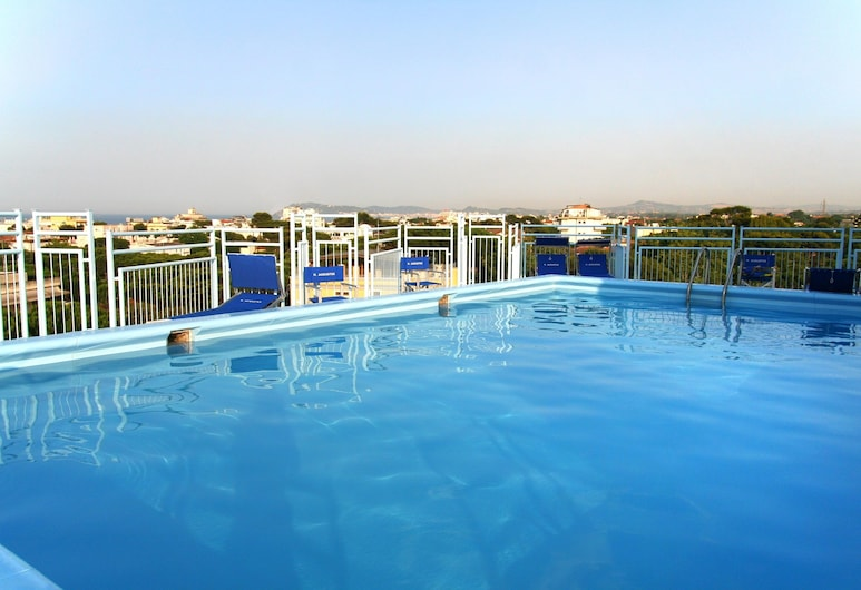 Hotel Augustus, Riccione, Rooftop Pool