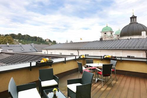 薩爾斯堡蓋布勒布勞星辰高級飯店/